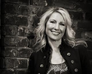 Vicki Monahan, Vocals